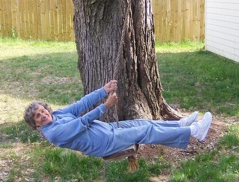 Grandma_swing